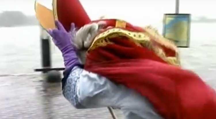 Sinterklaasbloopers compilatie van Kopspijkers